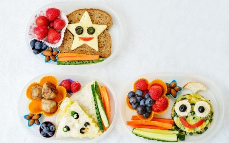 4 Simple Tips for Packing Lunch Boxes for School