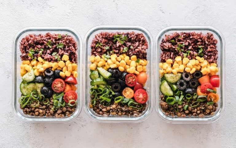 How to Get Started Meal Planning and Meal Prepping: A Beginner's Guide